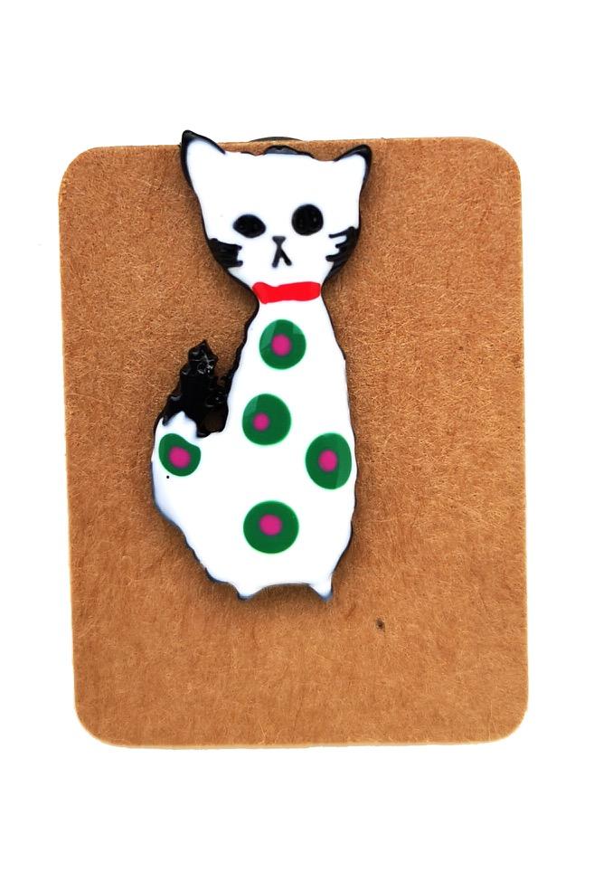 Metal White Cat Dot Enamel Pin Badge