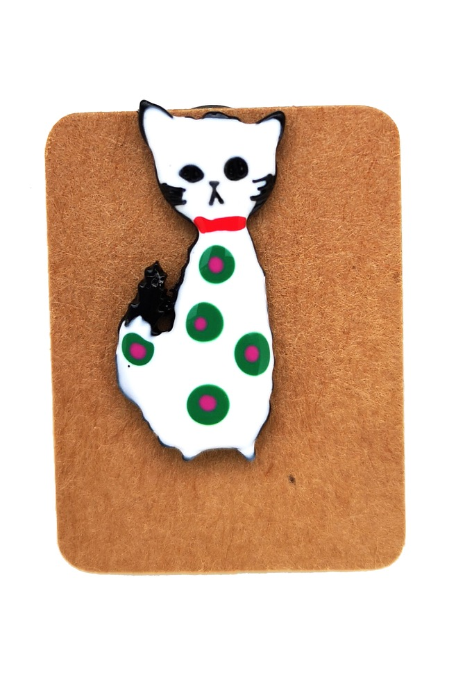 Metal White Cat Dot Enamel Pin Badge